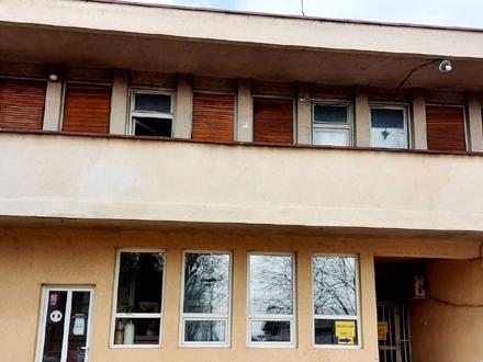 Kovid bolnice u Vranju popunjene 90 odsto