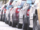 Krali katalizatore na parkingu