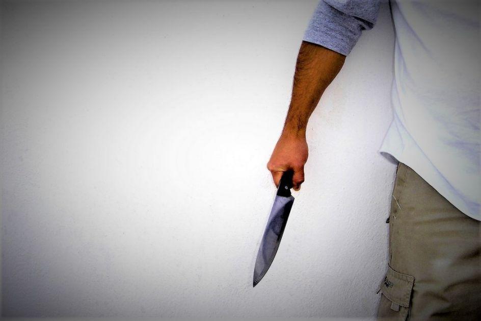 Kraljevo: Nožem povredio oca