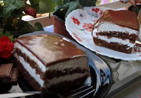 Kremasti čokoladni kolač sa pavlakom! (RECEPT)