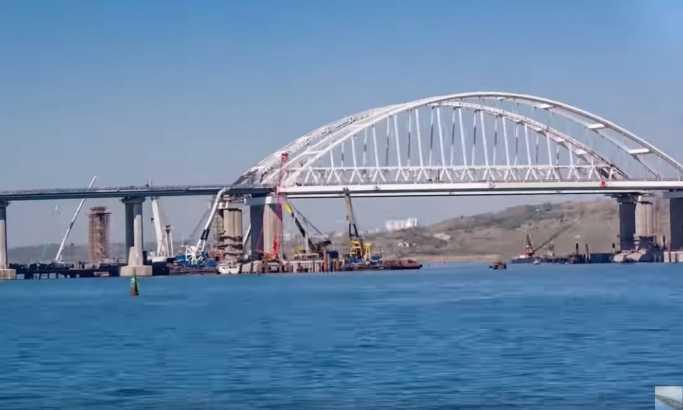 Krim: Ovo su uslovi za prolazak ukrajinskih vojnih brodova kroz Kerčki moreuz