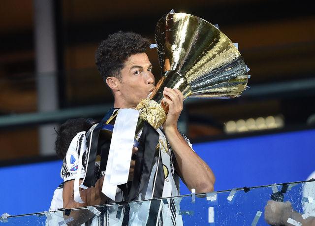 Kristijano Ronaldo - Ovo bi bila najveća izdaja u istoriji fudbala?!