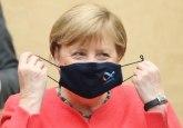 Kritike urodile plodom: Merkelova počela da nosi masku