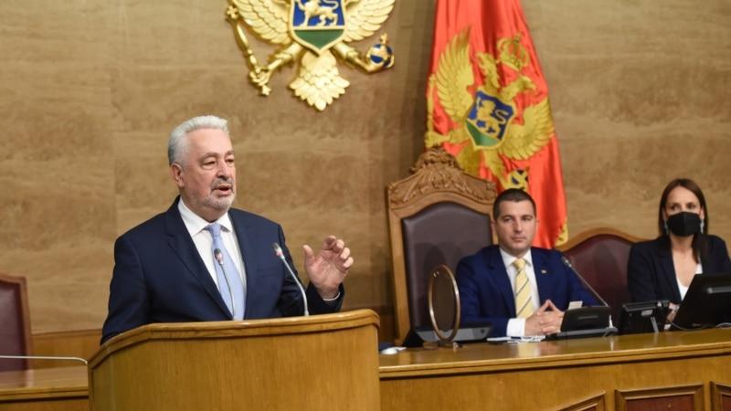 Krivokapić poručio da Vlada ostaje bez obzira na gubitak podrške u parlamentu