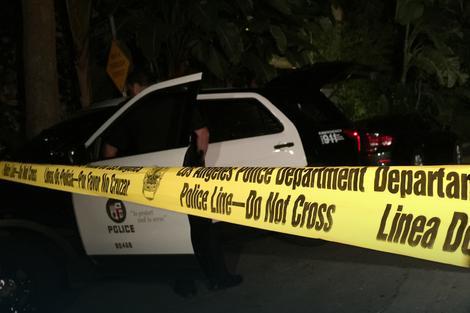 Krvava i polumrtva devojka (19) uspela je da dopuzi do puta, a njene POSLEDNJE REČI policiji su otvorile oči