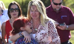 Krvavi masakr na Floridi! Najmanje 17 mrtvih u pucnjavi u školi, napadač bivši učenik! (PAŽNJA: UZNEMIRUJUĆI SNIMCI)