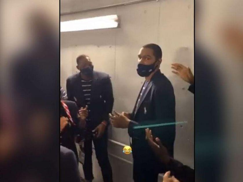 LAŽNI ROĐENDAN I PESMICA NALJUTILI DURENTA: Amerikanci se okupili oko NBA zvezde, šala mu nije prijala VIDEO
