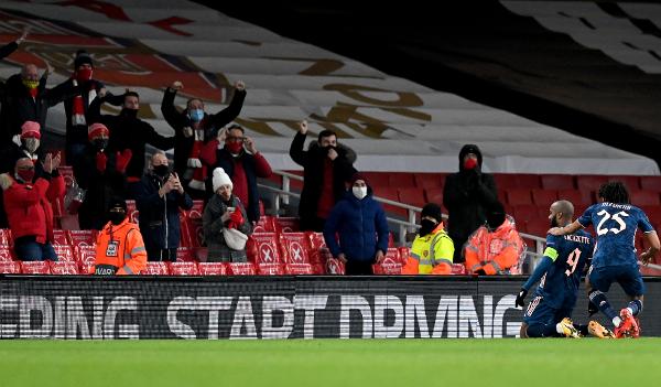 LE (A, B i C): Arsenal pokerom častio povratak navijača, Roma sigurna