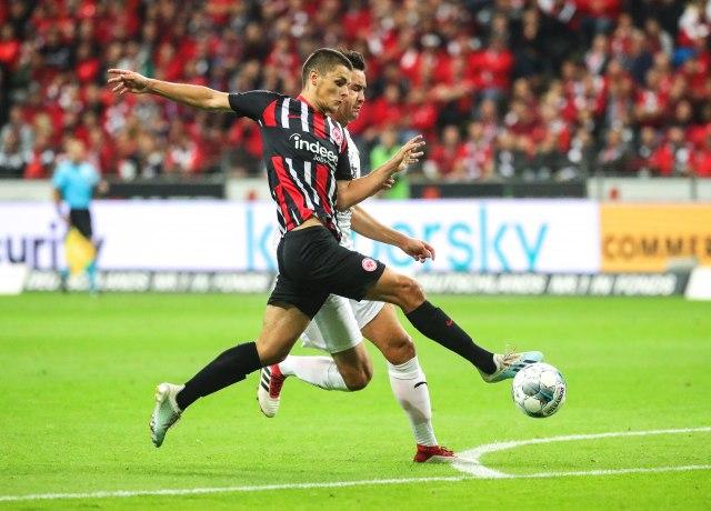 LE: Asistencija Gaćinovića, provukli se PSV i Mitrovićev Strazbur
