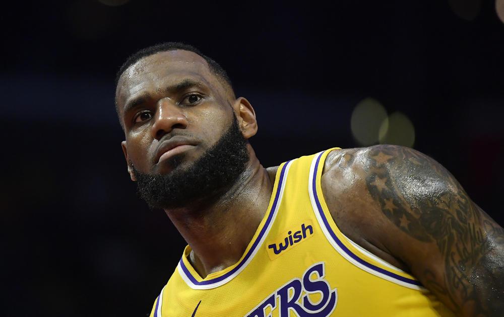 LEBRON SE PROPISNO OBRUKAO: Nestvaran promašaj NBA zvezde (VIDEO)
