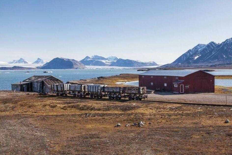 LED, VETAR, SAMOĆA I NOĆ KOJA TRAJE DVA MESECA: Valentina je provela lokdaun sama na Arktiku