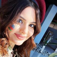 LEPOTICE NA PRVOJ LINIJI FRONTA! Azerbejdžanske zanosne devojke obukle vojničko odelo - spremne da se bore! (FOTO)