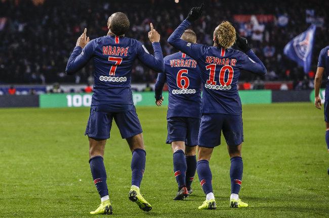 LEkip opet u akciji pred Zvezdu, Parižani pobesneli!