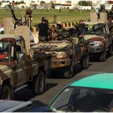 LIBIJSKA VOJSKA DEMONSTRIRA MOĆ: Učestvovalo dve hiljade boraca! (FOTO/VIDEO)