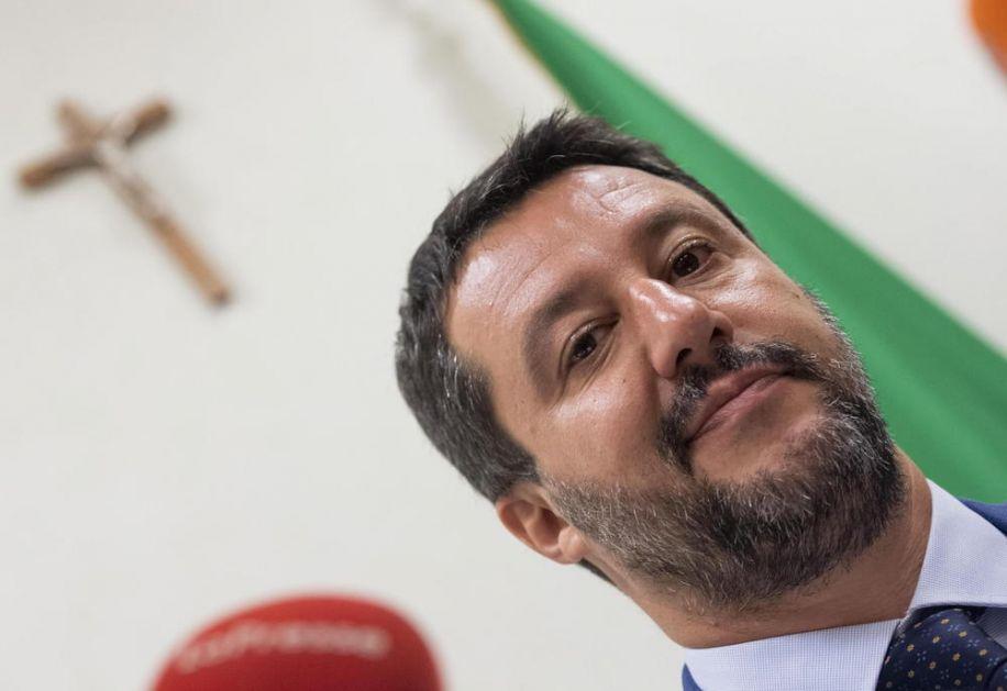 LIDER ITALIJANSKE LIGE POZIVA NA PROTEST: Evropa bi da se reši tog dosadnog Salvinija!