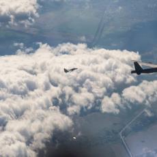 LOVAC SU-27 HITNO POLETEO: Tri NATO aviona krenula prema ruskoj granici, drama iznad Crnog mora (VIDEO)