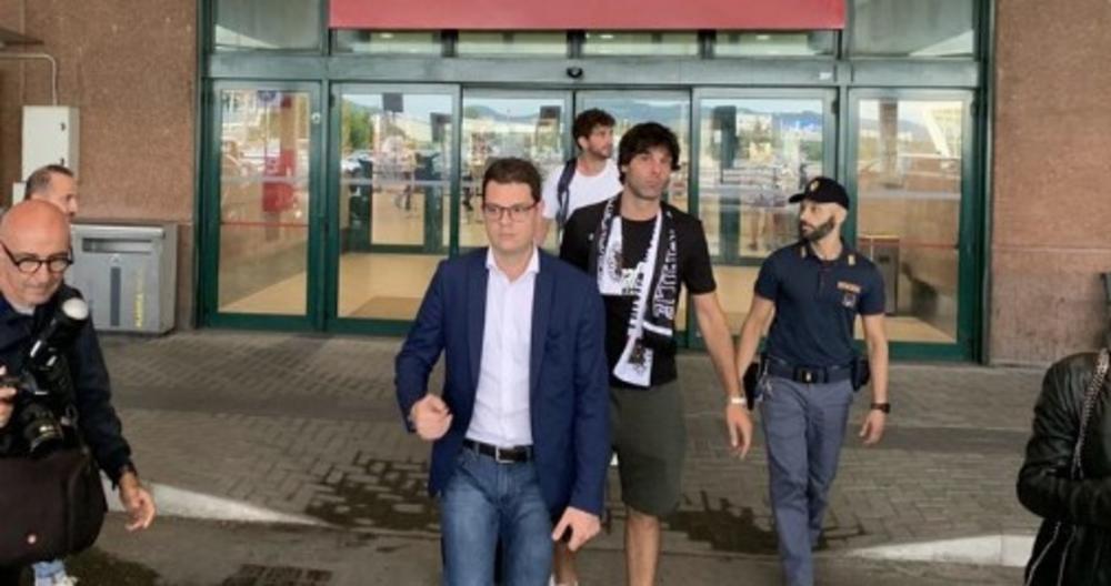 LUDILO ZBOG TEA: Miloš Teodosić dočekan ovacijama u Bolonji (VIDEO)