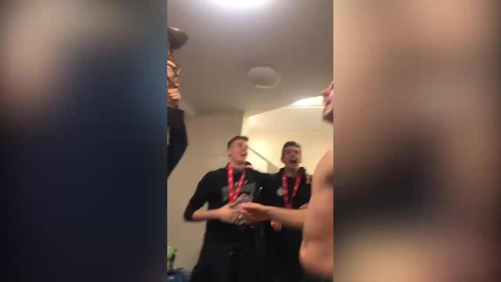 LUDNICA KAKVA SE NE PAMTI: Mozli zabeležio deo slavlja u svlačionici Partizana! Jedan igrač ga je posebno oduševio VIDEO