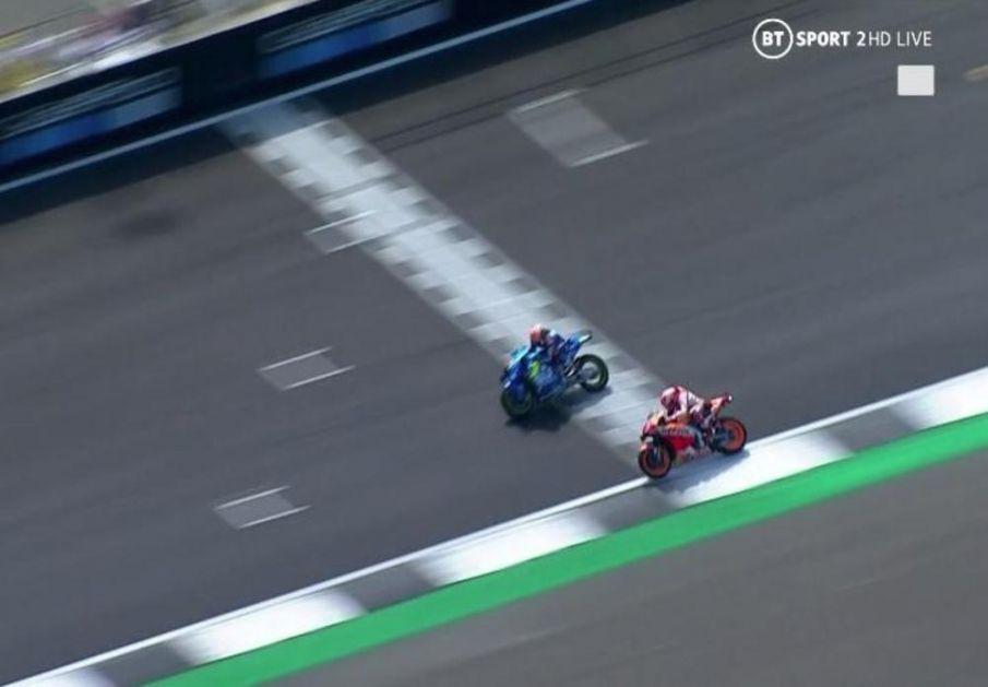 LUDNICA U SILVERSTONU Drama kakva dugo nije viđena: Pobednika Moto GP odredio foto-finiš, Rins za 0,013 sekundi bio brži od Markeza! VIDEO