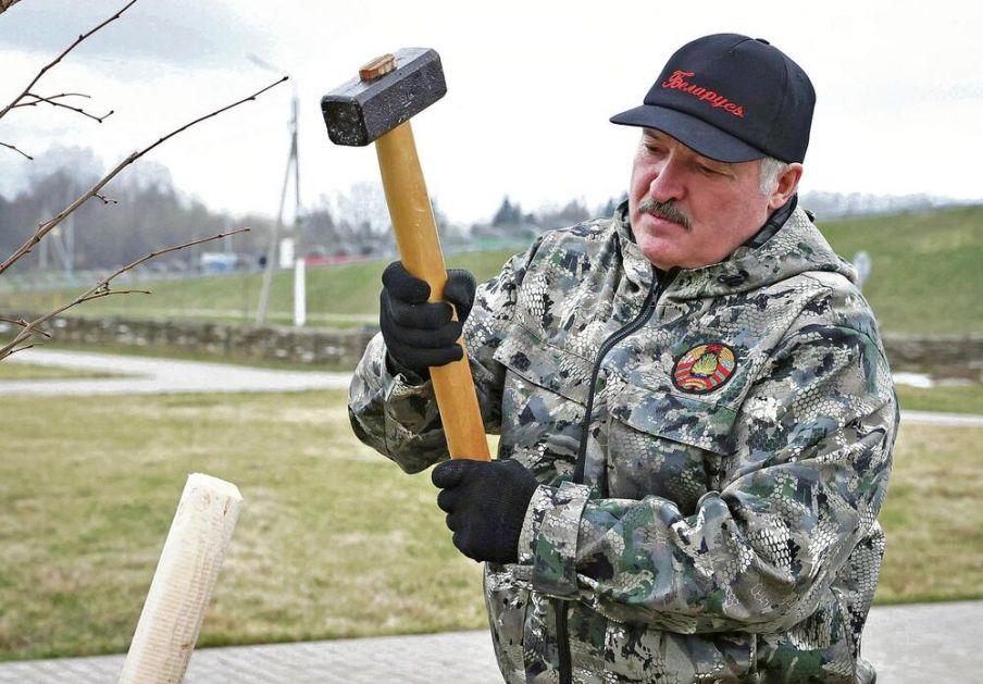 LUKAŠENKO OTKRIO KRVAV PLAN ZA LOV NA NJEGOVU GLAVU: CIA i FBI hteli su da me ubiju, ruski bezbednjaci ih zaustavili!