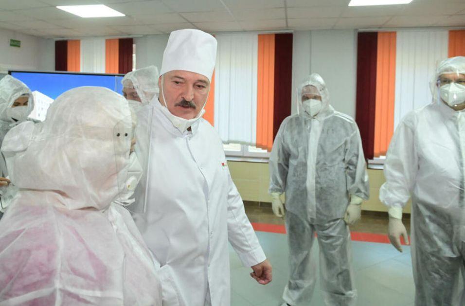 LUKAŠENKO SE POHVALIO: Belorusija razvila svoju vakcinu protiv korone! Drugačiju od one koju danas kupujemo!