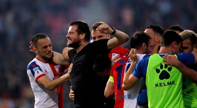 Lalatović o svom sportskom direktoru: Tu je na papiru, prima platu, ali ga nema