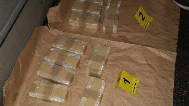 Lapovo, u ford fiesti više od šest kilograma heroina