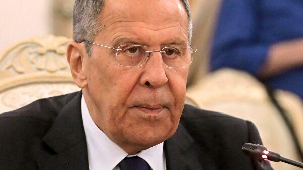 Lavrov: Svet rizikuje da upadne u sajber-haos bez univerzalnih dogovora na polju informacione bezbednosti