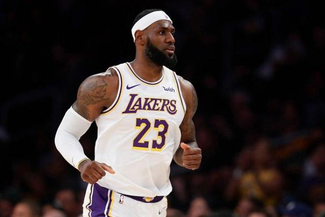 Lebron: Otvaranje sezone NBA za mene kao povratak u školske klupe