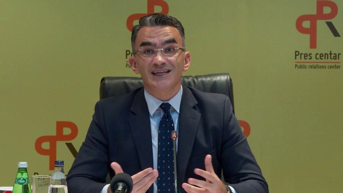 Leposavić: Ne podnosim ostavku, moj zadatak je pomirenje