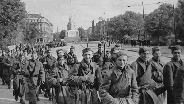 Letonija: Ulazak Crvene armije značio nastavak okupacije