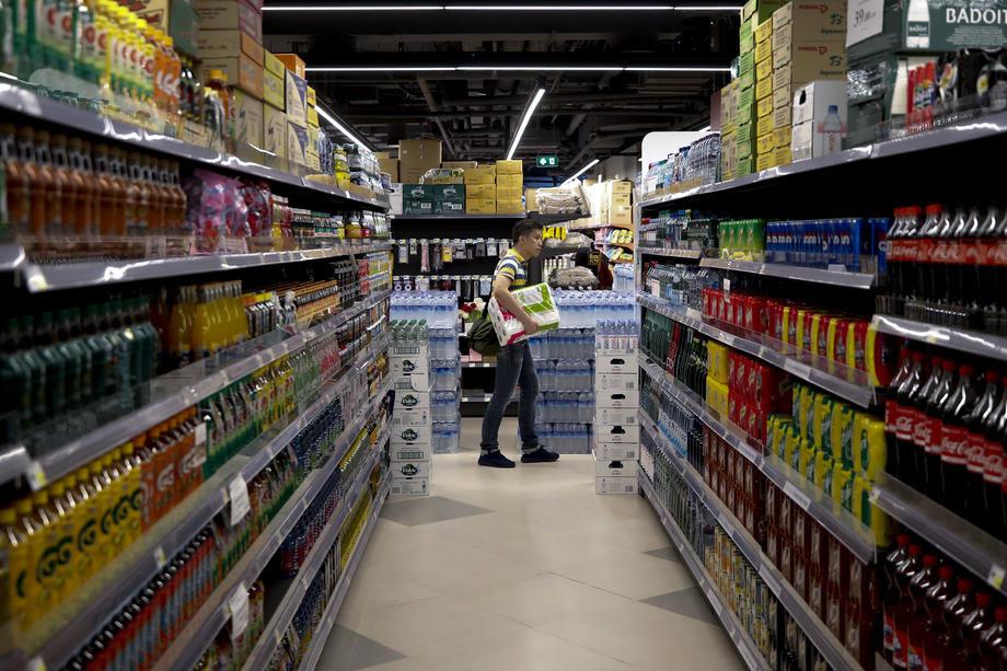 Ljajić: Namirnica ima dovoljno, manje poteškoće s južnim voćem