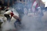 Ljudi na ulicama iako je vlada pala - nema mira u Bejrutu VIDEO/FOTO