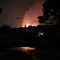 Lokalizovan požar kod Kosova Polja: Vatrenu stihiju izazvali meštani!