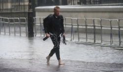 London se čisti posle poplave kuća i podzemne železnice