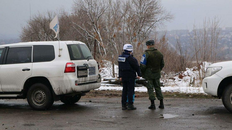 Lugansk optužio Kijev za raspoređivanje borbene tehnike u naseljena mesta