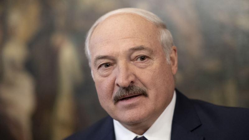 Vučić sa Lukašenkom: Stajemo sa kupovinom oružja