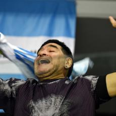 MARADONINA AVANTURA JE ZAVRŠENA: Slavni ARGENTINAC se vraća u domovinu (FOTO)