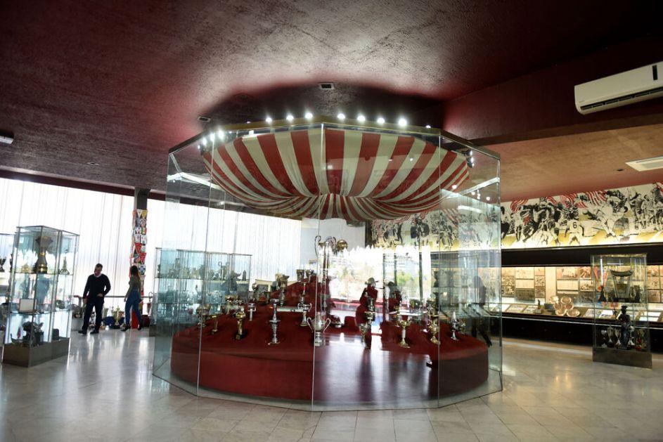 MARAKANA TURA OPET RADI: Crvena zvezda spreman da otvori kapije stadiona i muzeja za turiste i sve navijače! FOTO