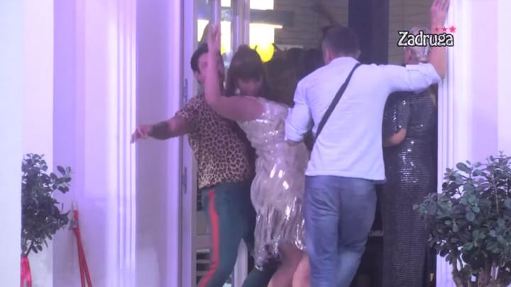 MARIJA IZGORELA OD BESA! Miljana vrckala Filipu Đukiću ispred majke, ona joj poručila: TO JE MILIČIN DEČKO! (VIDEO)