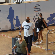 MASKE PONOVO OBAVEZNE U IZRAELU: Delta soj naveo vladu na nove mere predostrožnosti