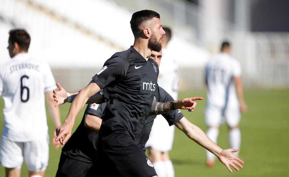 MAT ZA19 SEKUNDI: Ovo je gol Šćekića koji je Partizan poveo protiv Čukaričkog VIDEO