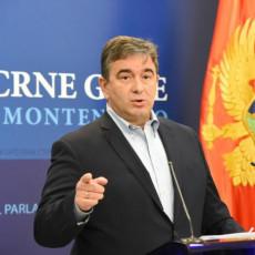 MEDOJEVIĆ OGOLIO PLAN KONAČNOG UNIŠTENJA CRNE GORE: Krivokapić na skandalozan način pokušava da proda EPCG