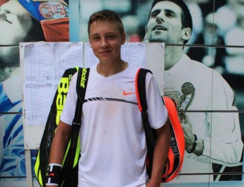 MEĐEDOVIĆ PAO NAKON PREOKRETA: Srpski teniser eliminisan u drugom kolu juniorskog turnira u Melburnu