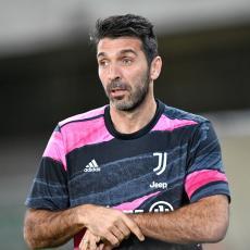 MEGAPREOKRET: Ništa od Barse, Bufon NAPUŠTA Juventus, ali ostaje u Seriji A