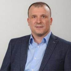POSLEDNJI POTEZ MERKELOVE BIĆE REŠENJE ZA KOSOVO: Politički komentator Milovan Jovanović otkriva šta čeka Srbiju