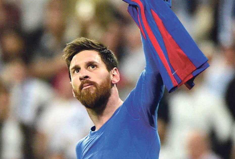 MESI I EKIPA SE ODREKLI MILIONA: Fudbaleri Barselone napravili sjajan gest u korist zaposlenih u klubu!