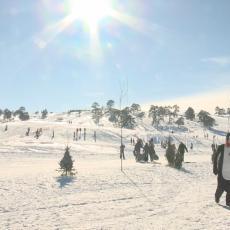 MESTO ZIMSKIH ČAROLIJA: Na ovoj srpskoj planini tokom raspusta čak 2.000 mališana je učilo da skija (FOTO)