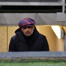 MIHAJLOVIĆ SE PONADAO NA TRI MINUTA: Bolonja poražena u Milanu, borba za titulu sve neizvesnija (VIDEO)