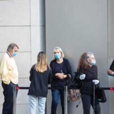 MILIONI U LOKDAUNU DO 28.AVGUSTA: Australijanci očajni, ne mogu da predvide kretanje virusa